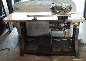 Consew Industrial Blind Stitch Sewing Machine 1118 9 Complete W Motor Table