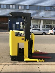 Hyster Forklift Electric Stand Up 3k N30xmdr2 Narrow Aisle 36v Truck
