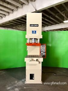 C Frame Hydraulic Press 50 Ton High Speed With Die Cushion 27 5 X 27 5 Bed