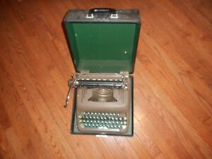 Smith Corano Silent Typewriter With Case