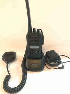 Kenwood Tk 272g 1 Vhf 150 174 Mhz 5w 32 Channel Complete W Charger