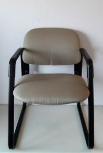 Hon Office Guest Arm Chair With Sled Base