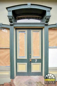 Victorian Double Door Entryway Orig Brass Hardware Wavy Glass Arched Transom