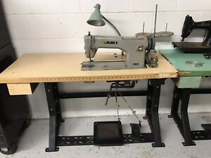 Juki Sewing Machine Ddl 542 With Table