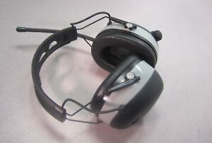 3m Worktunes Wireless Hearing Protector With Bluetooth Technology And Am fm
