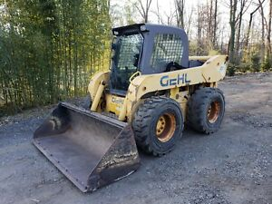 Gehl 7600 Skid Steer 1 286 Hrs Heated Cab Runs Great