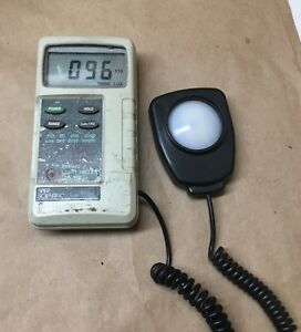 Sper Scientific Light Meter Lux fc Model 840020 Used And Working Condition