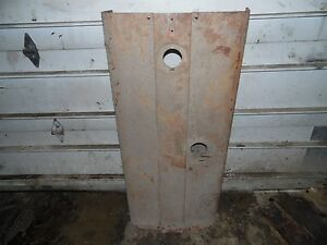Farmall International 560 Diesel Tractor Hood