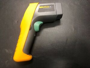 Fluke 561 Ir Thermometer In Great Condition