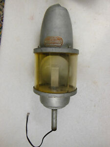 Old Beacon Ray Warning Light Mdl 27 s By Federal Sign Signal Chicago Mancave