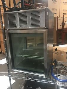 Used True Countertop Refrigerated Display Case Gdm 06 pt s Stainless Steel