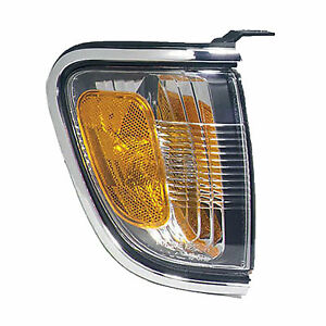 2001 2002 2003 2004 Toyota Tacoma Corner Light Lamp Right Chrome