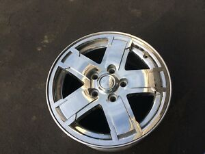 17 Jeep Grand Cherokee Oem Chrome Clad Alloy Wheel Rim 17x7 1 2 2005 2007