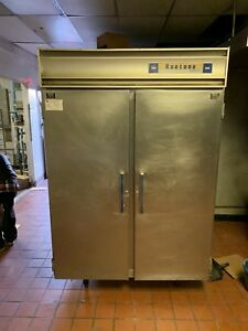 Commercial Two Door Reach in Cooler Refrigerator