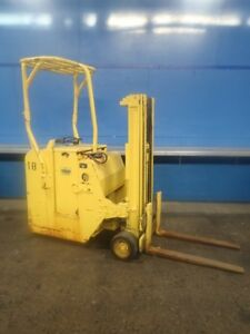 Yale Esc03064t071 Stand Up Electric Fork Lift 3000 180 12180220002