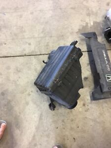 2001 Honda Accord Coupe Engine Air Filter Cleaner Intake Cover Box Lid Top