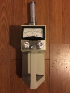 Vintage Geiger Counter Nuclear Chicago W nuclear Sample