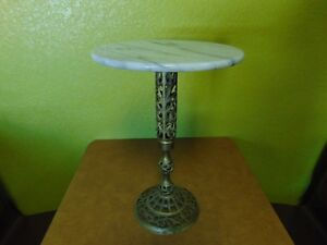 White Marble Top Brass Base Display Accent Side Table Hollywood Regency
