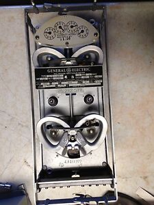 General Electric Ds 38 Polyphase W hour Meter