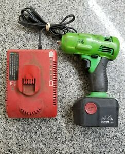 Snap on Ct4410ag 1 2 Impact With Battery And Charger A zzz