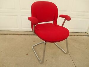 Herman Miller Knoll Soft Bright Red Padded Chrome Reception Office Chair
