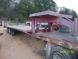 24 Ft gooseneck Triaxle Trailer