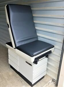 Midmark 404 Exam Tables Black Availability Varies premier Used Medical