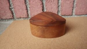 Early Po Shun Leong 1985 Hand Crafted Hawaiian Koa Wood Jewelry Art Box Signed