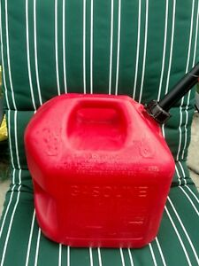 Midwest 5 Gallon Red Plastic Epa Compliant Red Poly Gas Can Fuel Container 5600