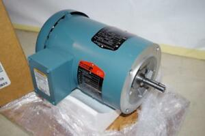 Reliance 1 2 Hp Ac Motor P56h1581 3450 Rpm Tefc 208 230 460vac Fr 56c New