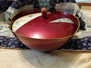 Vintage Japanese Maroon Lacquer Ware Lidded Bowl With Design On The Lid