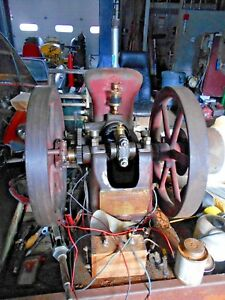 Johnny Boy Hit Or Miss Engine Original Wooden Base Tank Paint And Crank