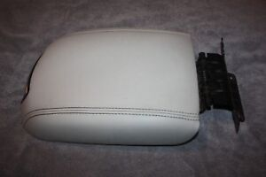 2010 2017 Ford Taurus Center Console Armrest Arm Rest Lid Cover Top Tan Beige 2