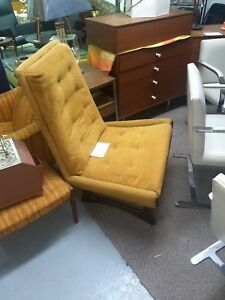 Mid Century Modern Adrian Pearsall Style Gold Sculpted Leg Slipper Chair