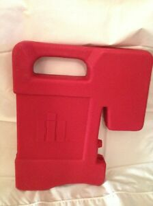 Ih Farmall International Plastic Suitcase Weight