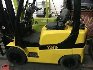 2006 Yale 4000 Forklift Solid Pneumatic Tires 2 Stage Lp Glp040svxnusf084