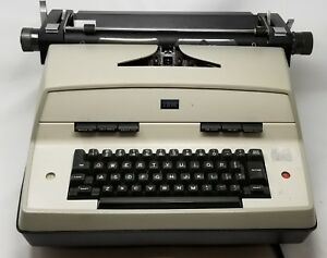 Vintage 1970 s Ibm Model 12 Electric Typewriter Ships Free