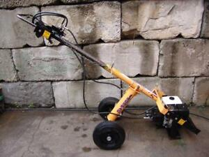 Compact Tow Behind Hydraulic One Man Auger Honda Motor Post Hole Digger