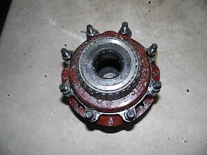 International 606 Tractor Differential Housing Only