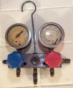 Snap on Tools Vtg Hanging Refrigerant Manifold Air Condition Gauges R 12 R 22