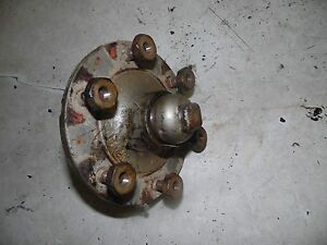 Massey Ferguson 35 Tractor Left Wheel Hub