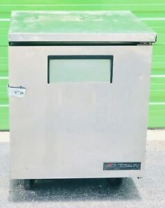 True Refrigerator Tuc 27 For Under counter With Safety Hook For Lock 27