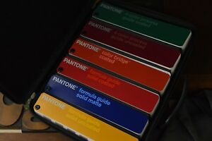 Pantone Guide Set Of 6 With Case 4 color Formula Coated Matte Uncoated 2006