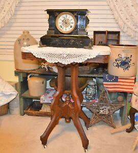 Lovely Atq Victorian Eastlake Marble Top Parlor Coffee Table Porcelain Castors