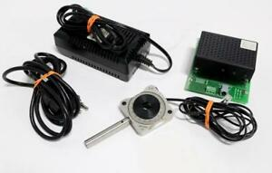 New Focus 8702 Picomotor Drive Module With 8401 Picomotor Rotary Mount
