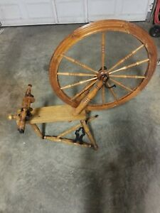 Vintage Antique Wooden Spinning Wheel Pedal Yarn Winder Very Nice Not Perfect