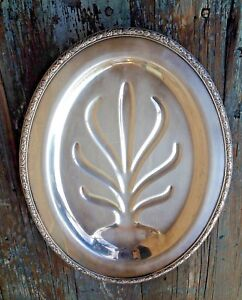 Wm Rogers Oneida Silver Plated Oval Well Tree Meat Serving Footed Vintage Tray