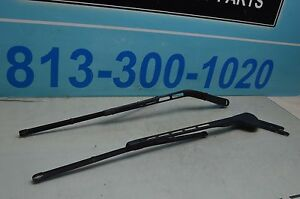 01 07 W203 Mercedes C350 Windshield Wiper Wipers Arm Driver And Passenger Pair