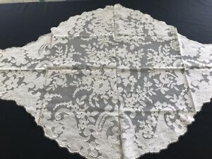 Ornate 1800 Antique Cream Blonde Silk Lace Mantilla Scarf Fine French Chantilly
