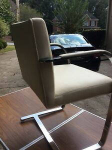 Brno Chairs Set Of Four Flat Bar Mirrored Chrome Finish With Arm Pads